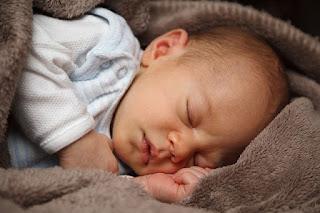 Tips Membuat Bayi Tidur Nyenyak Sepanjang Malam