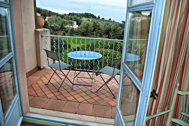 terrasse-hotel-dolce-fregate-provence-alessaknox.be
