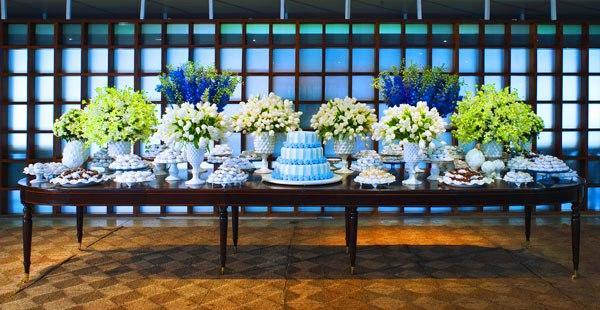 decoracao de casamento azul escuro e amarelo:casamento-e-batizado-decoracao-disegno-c