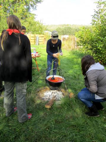 A Svetits gimnázium tanulói kertünkben