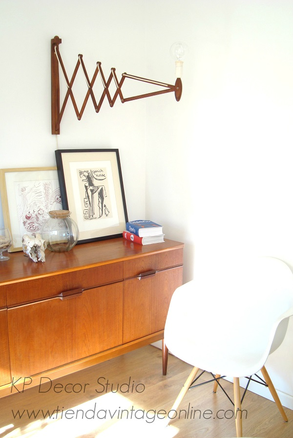 Muebles daneses estilo vintage. Dinamarca. decoración de moda, muebles diseño, apliques tijera extensibles erick hansen le klint denmark