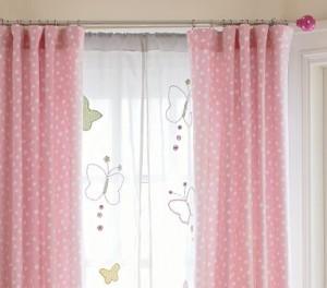 Cortina para quartos de bebe com borboletas