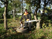 Puutarha- pihapalvelu Pirkanmaa Pihapuutarhuri Olavi Lehto apunanne pihatöissä