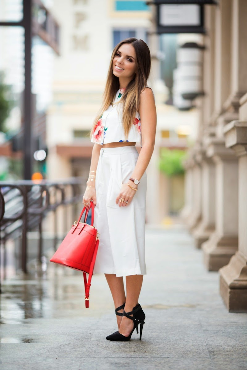 Nany's Klozet : White gaucho pants...