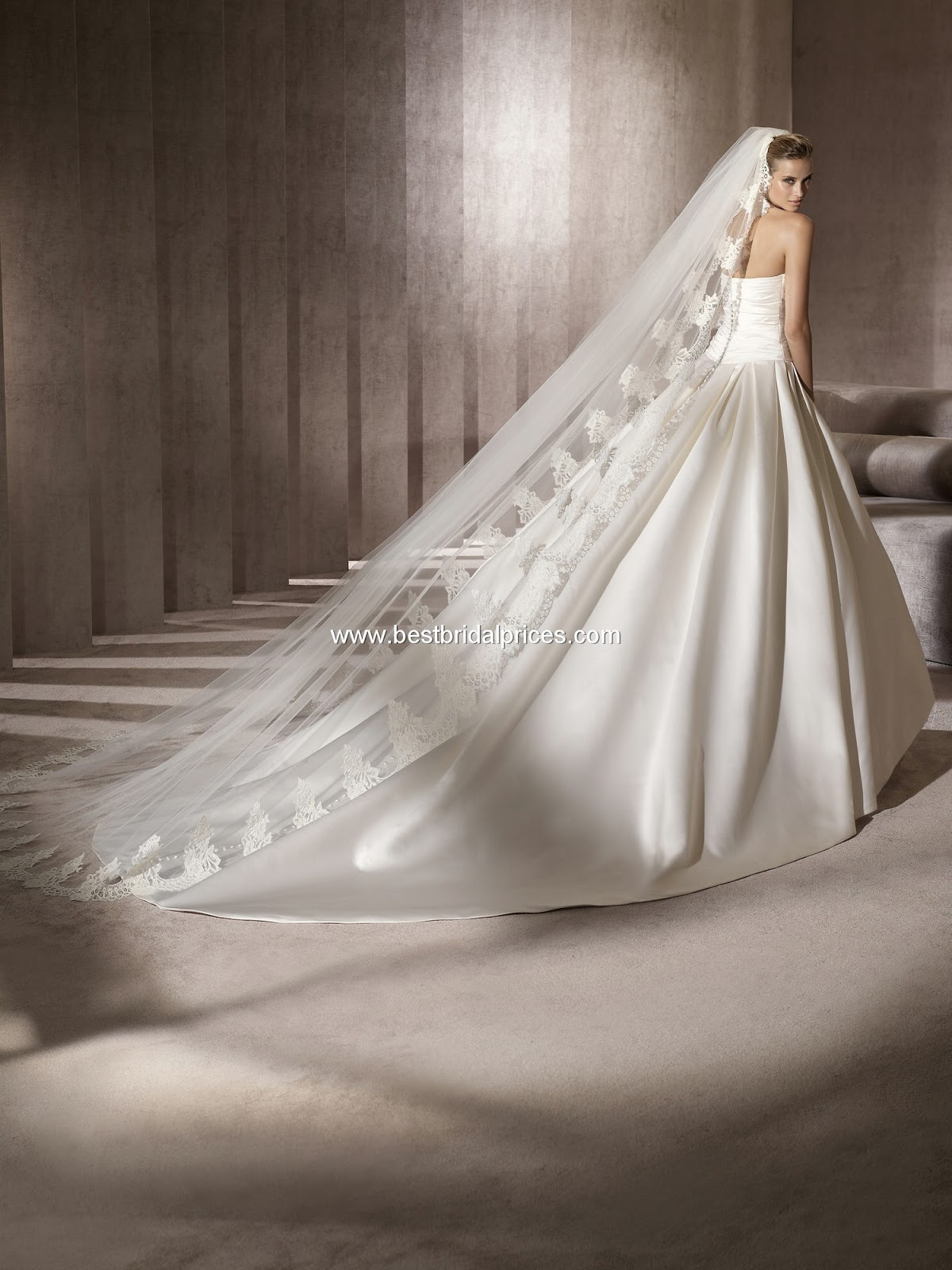 Eshtery egypt at senorita pronovias georgia wedding dress for Wedding dresses in ga