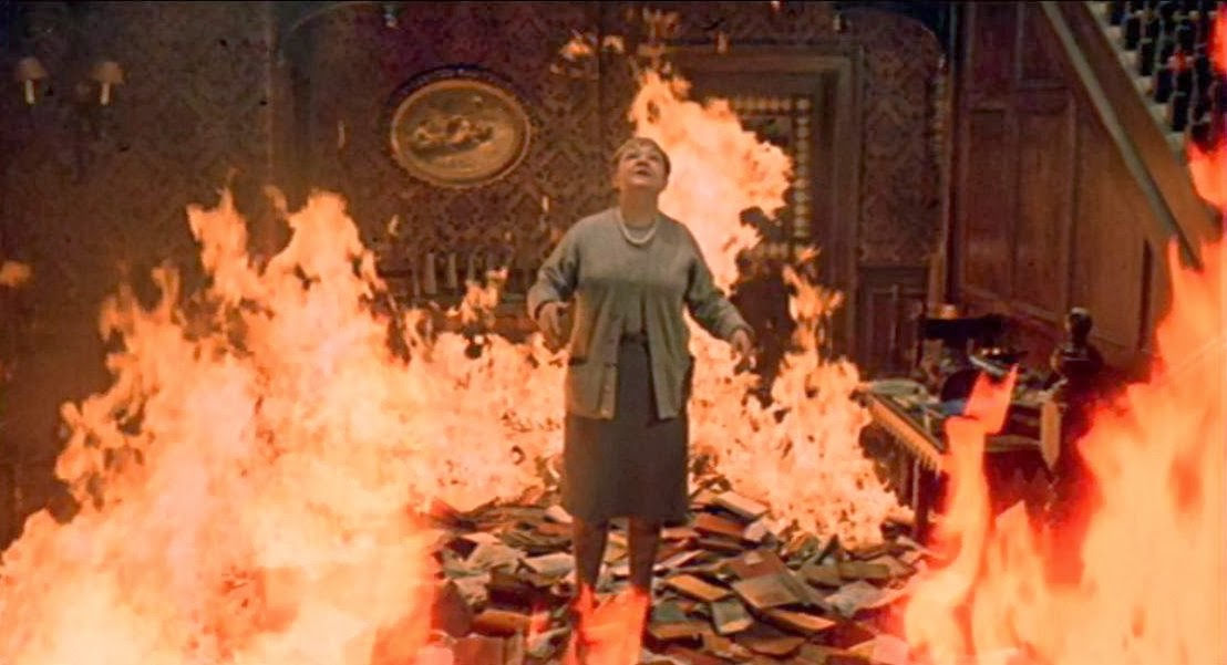 fahrenheit 451: guy montag and people who influenced him essay Aspects of cultural decay in bradbury's fahrenheit 451  aspects of cultural decay in fahrenheit 451  the protagonist guy montag meets his neighbour clarisse.