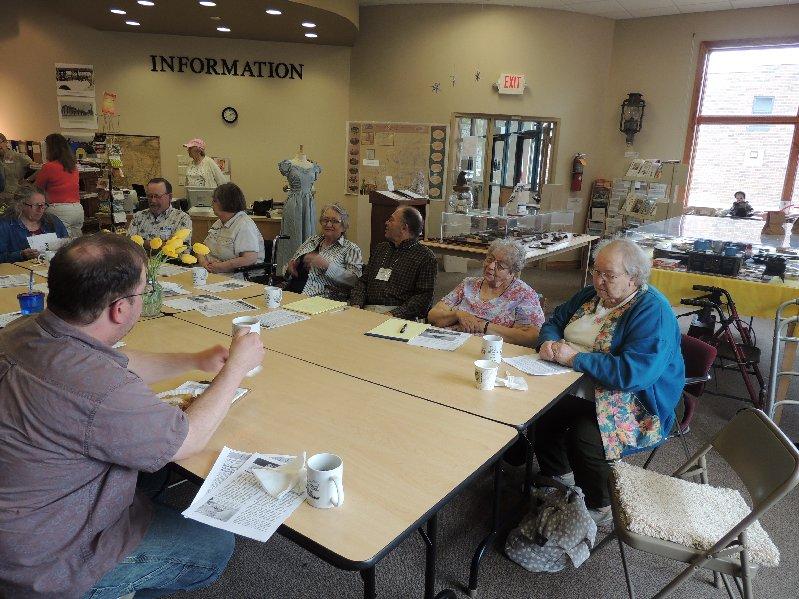 Meet Singles Over 50 in Cushing WI