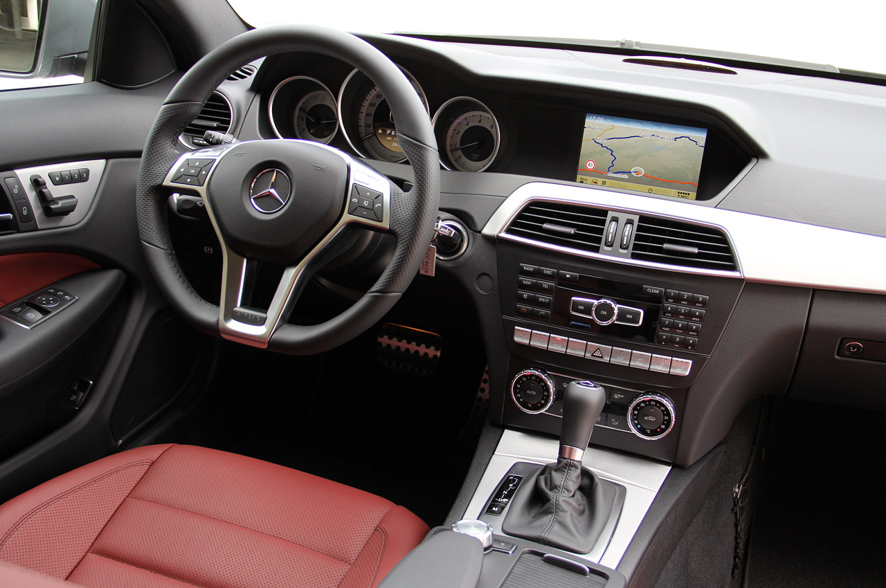 Review additionally 2018 Mercedes C Class Facelift Interior Spyshots S Class Digital Dashboard Could Bow In C Coupe 91304 together with Tyc Tail Light 43696669 as well 2018 Mercedes Benz C Class Facelift Spy Shots furthermore C Class Coupe 2011. on 2010 mercedes c250 interior