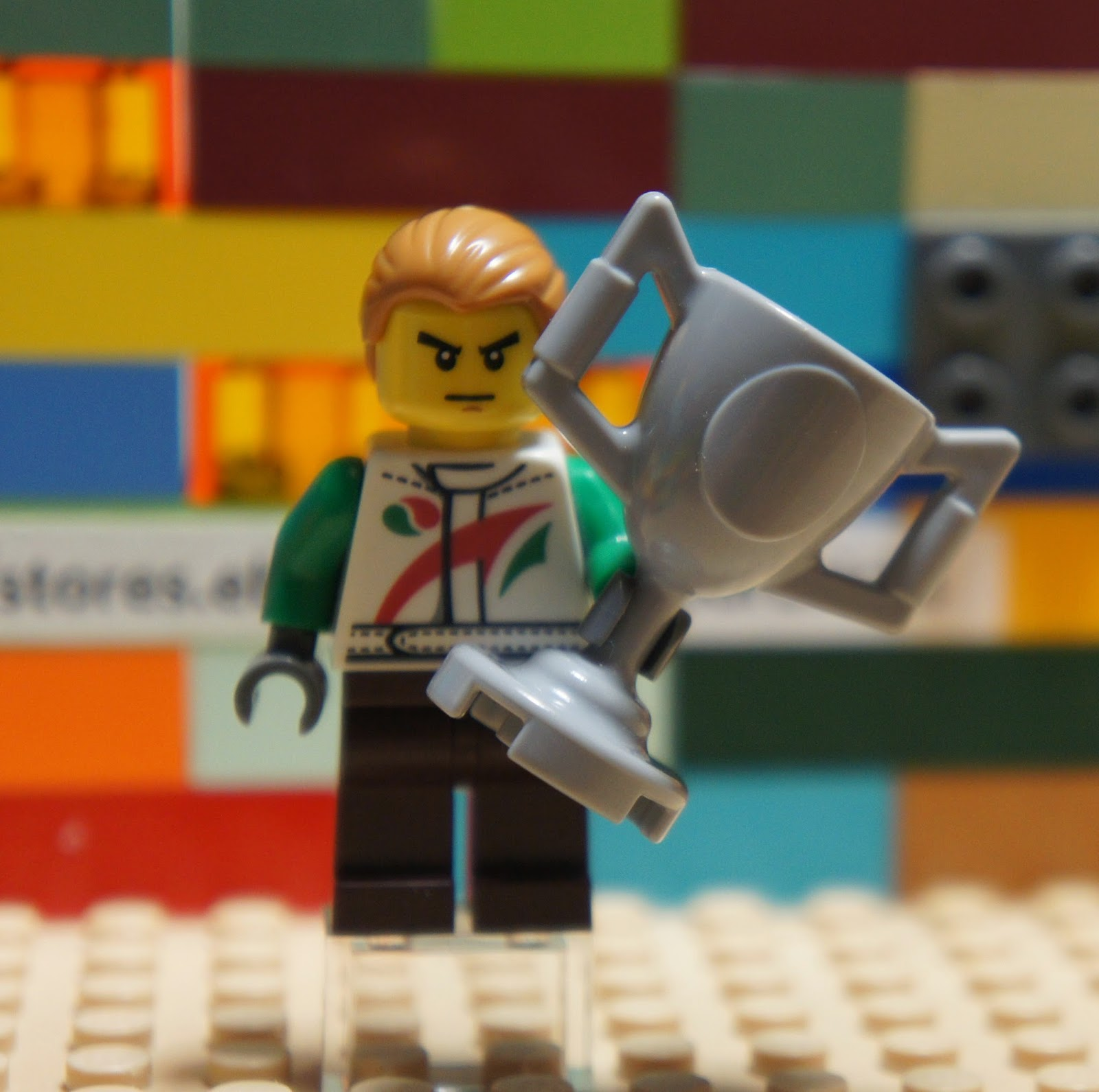 Big Trophy LEGO City TEAM OCTAN Champion Racer Soccer Hockey Player Minifigure