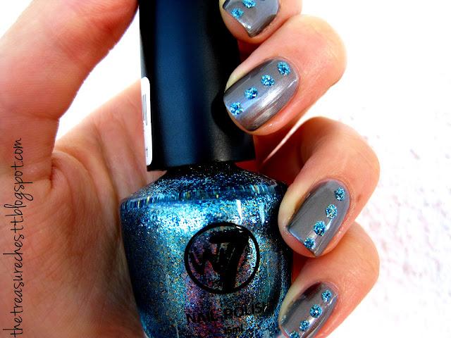 w7 cosmic blue and kallos rhinestone glitter manicure