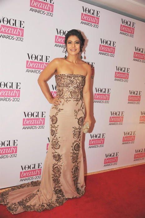 kajoltanisha mukhrjee at vouge beauty award. actress pics