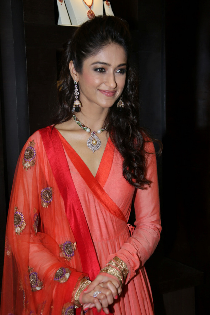 Latest Ileana Photos
