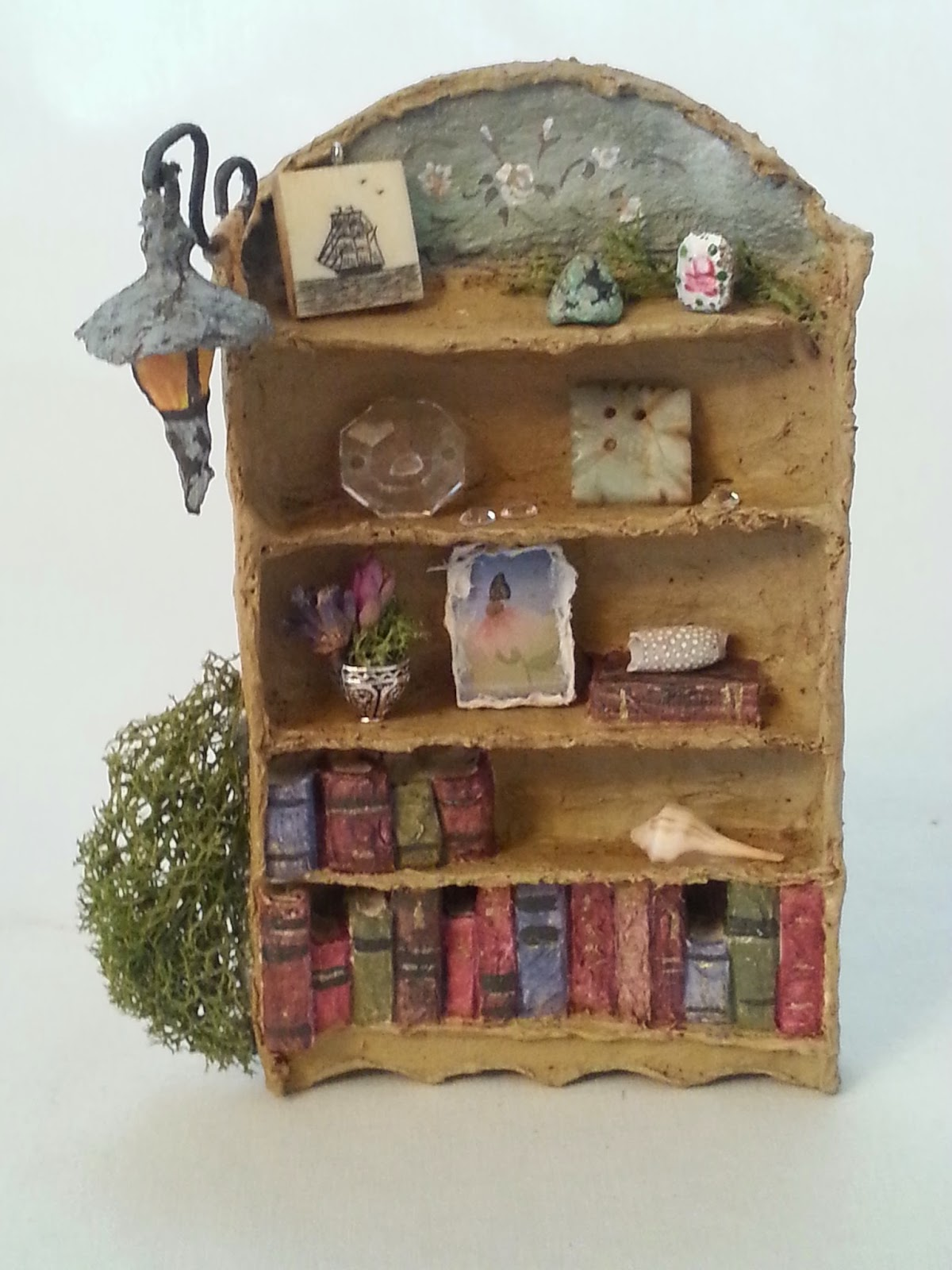A Fairy House Is Not Complete Without The Addition Of A Bookcase. I Am Not  A Big Reader Myself, I Never Seem To Find The Time. Before Bed Would Be  Nice, ...