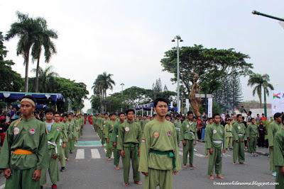 malioboro pencak festival berbaris rapi