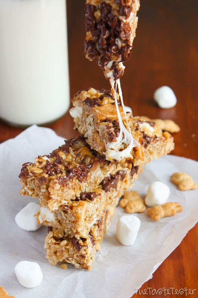 S'mores Granola Bars // The Taste Tester