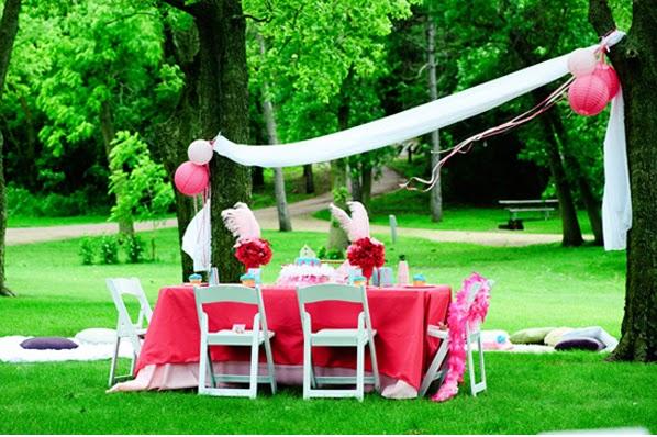 como decorar el jardn para una fiesta de cumpleaos jardn con globos jardin decorado
