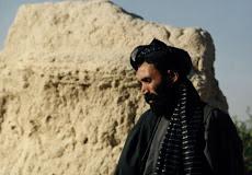 Los talibanes confirman la muerte de su líder, el mulá Omar.
