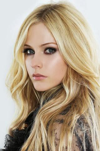 Avril Lavigne Blonde Picture