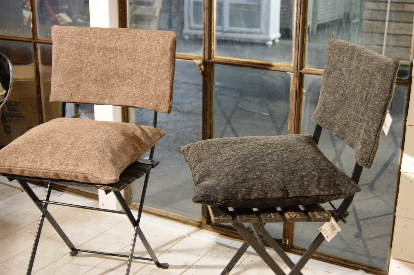 linen chairs at Olsson Jensen