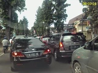 Mobil Plat B Dilarang Masuk Bandung