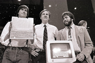 apple ceo steve jobs & Steve Wozniak inicios