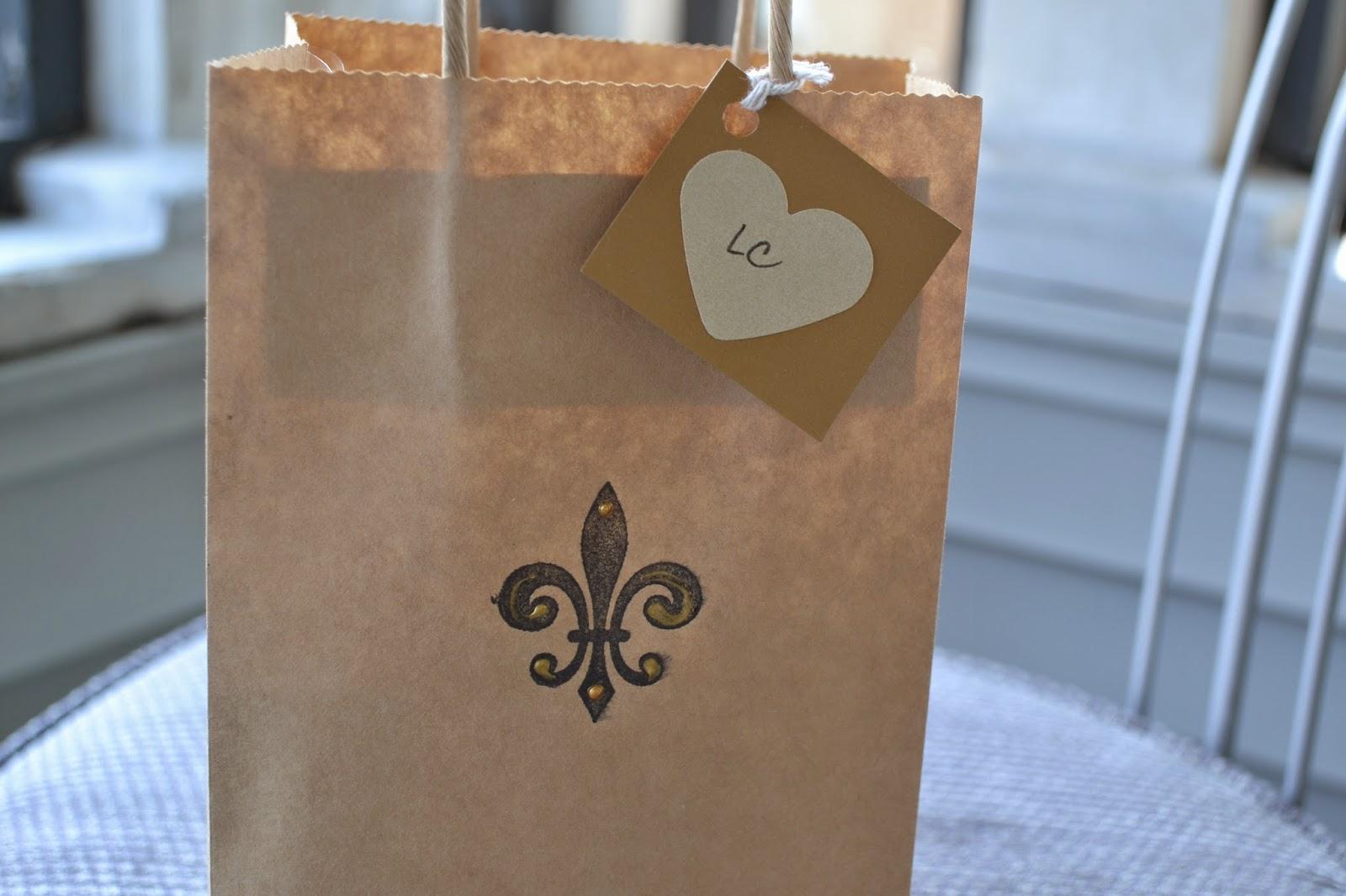 fleur de lis gift bag