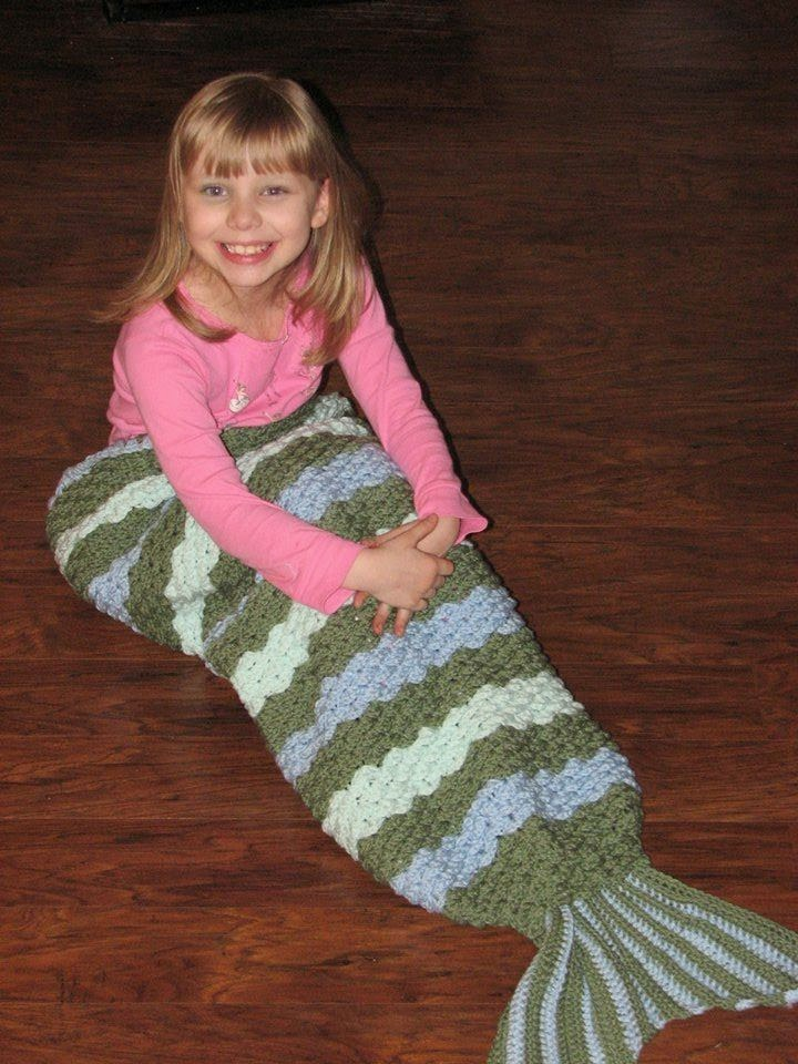 Crochet Patterns Mermaid Blanket : Crochet by Becky: Crochet Mermaid Tail Afghan / Blanket Pattern ...