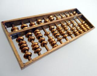 https://pixabay.com/en/abacus-count-mathematics-485704/
