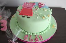 Gracias Antonio del Olmo ¡una tarta con mi nombre! me encanta