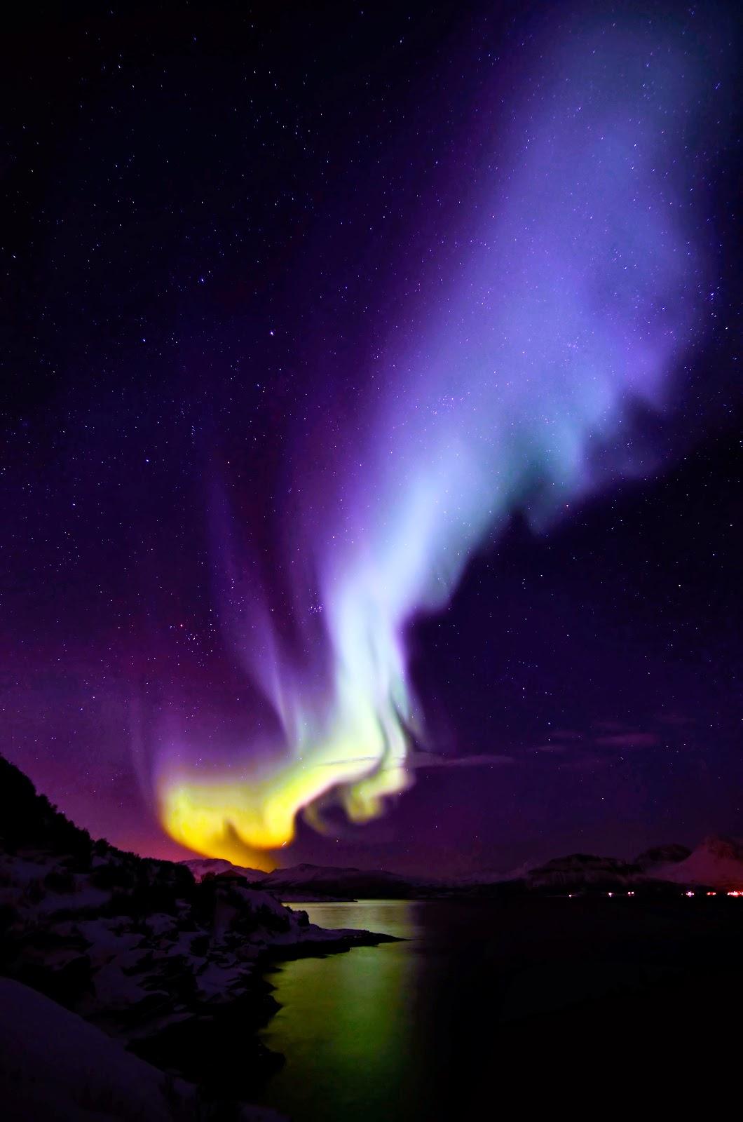Bienvenidos al nuevo foro de apoyo a Noe #271 / 30.06.15 ~ 03.07.15 - Página 38 Aurora+boreal+azul