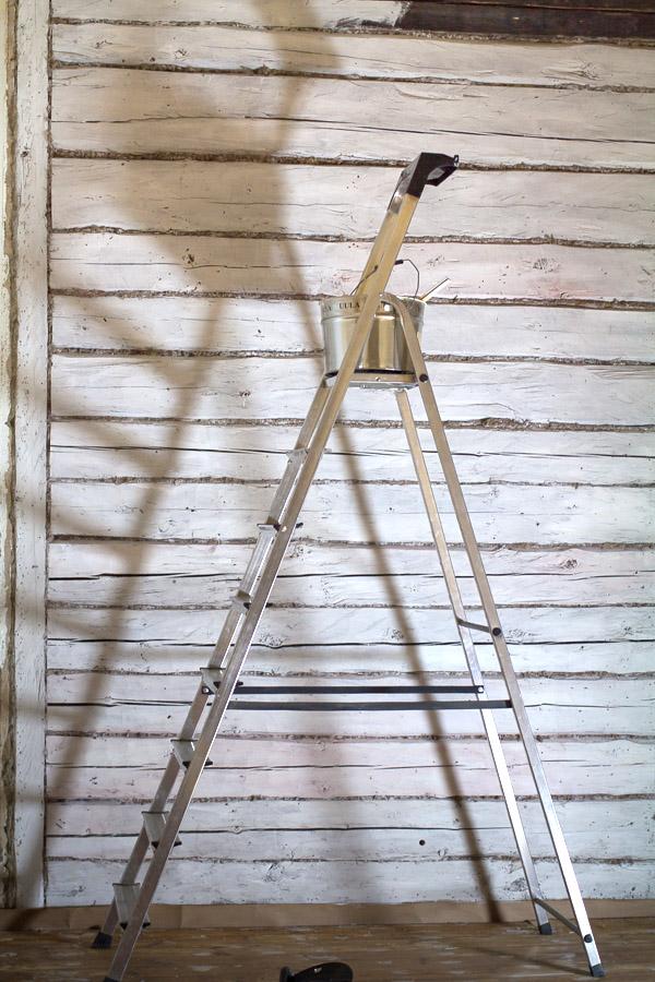 Parolan Asema Vartiotuvan makuuhuoneen remontti osa 6 Panelointi ja maalausta