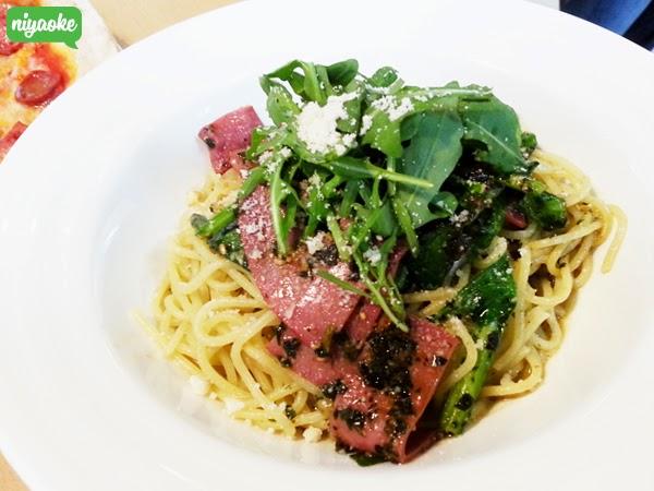 Genovese (Pesto) Pasta Peperoncino Basil with Smoked Beef, Spinach ...