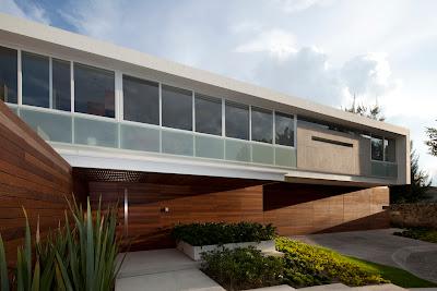 rumah melayang 3