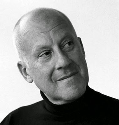 NORMAN FOSTER IMAGE