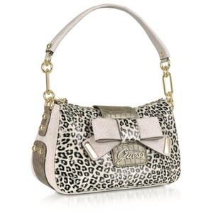 guess-torbe-sa-animal-printom-002