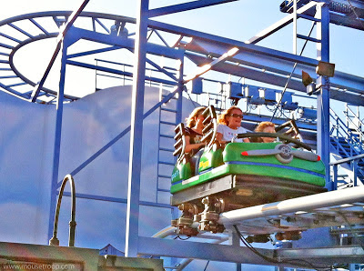 Goofy's Sky School Wild Mouse Coaster DCA Disney Adventure