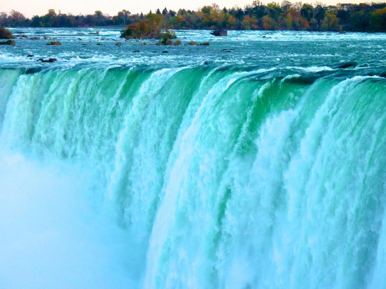 Caída de agua de las Horseshoe Falls