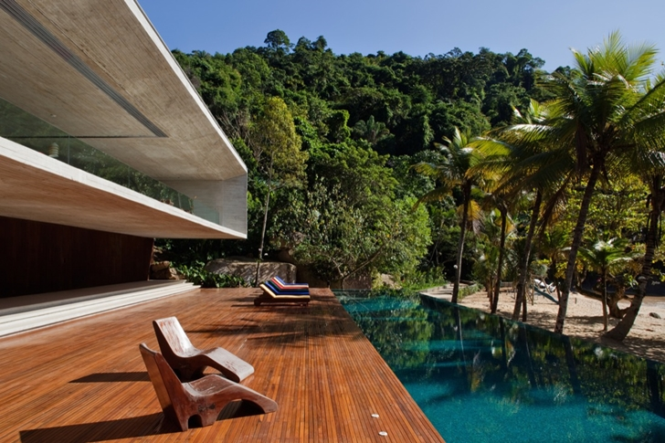 Terrace of Modern beach house in Brazil by Marcio Kogan
