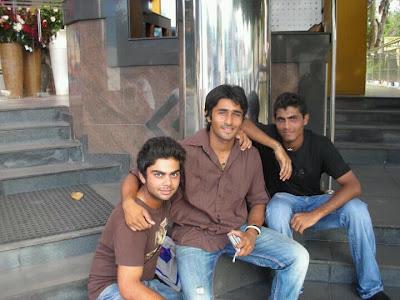 virat kohli with his friends Virat Kohli And His Sister