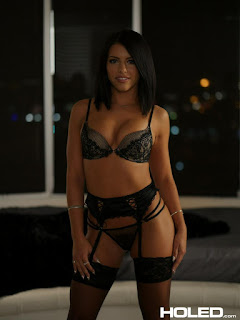 Free Picture - rs-hol_adrianachechik_pics-1-724169.jpg