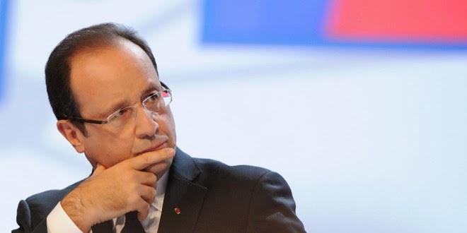 François Hollande dégringole dans les sondages