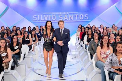 Silvio com Helen (Crédito: Lourival Ribeiro/SBT)