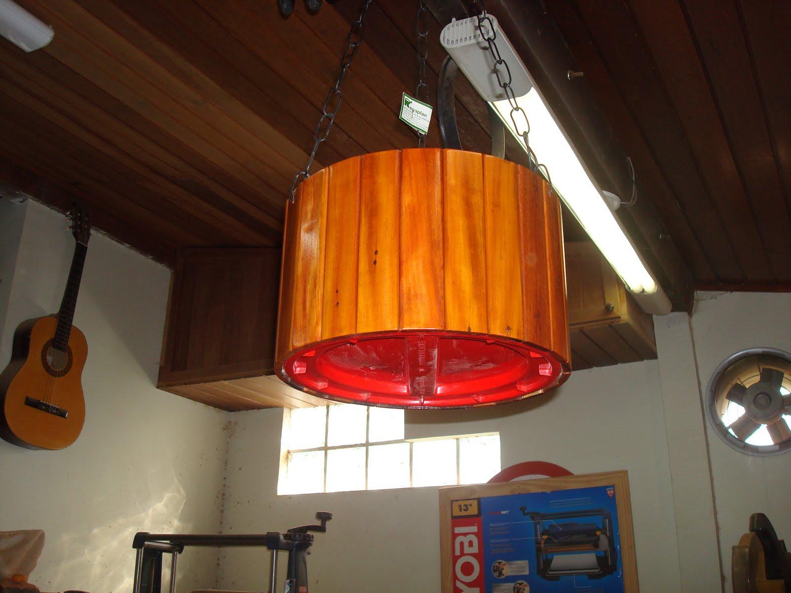 do Zero: Vaso (cachepo) para pendurar feito em madeira peroba rosa #C46107 1600x1200