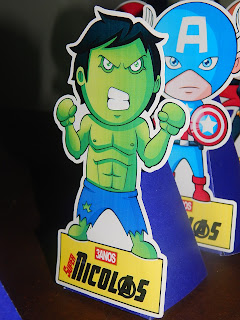 display de mesa hulk