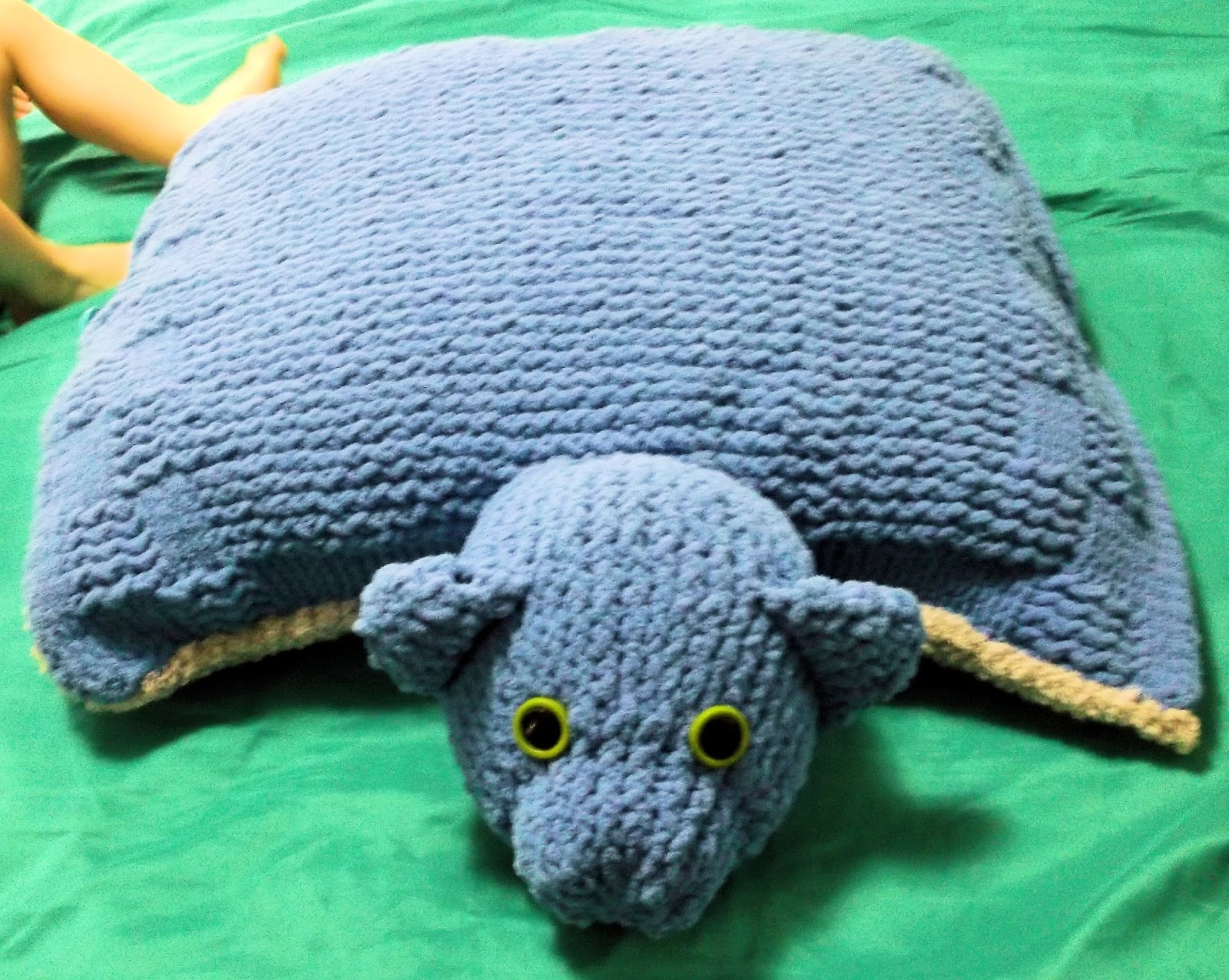 Animal Pillow Knitting Patterns : The Loom Muse : How to Loom Knit an Animal Pillow