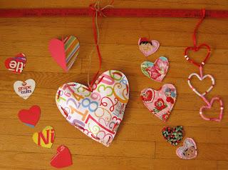 Móbile de corações - passo a passo