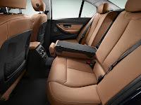 2013 BMW 3-Series (F30) 328i Sedan Luxury Line Interior Rear Seats