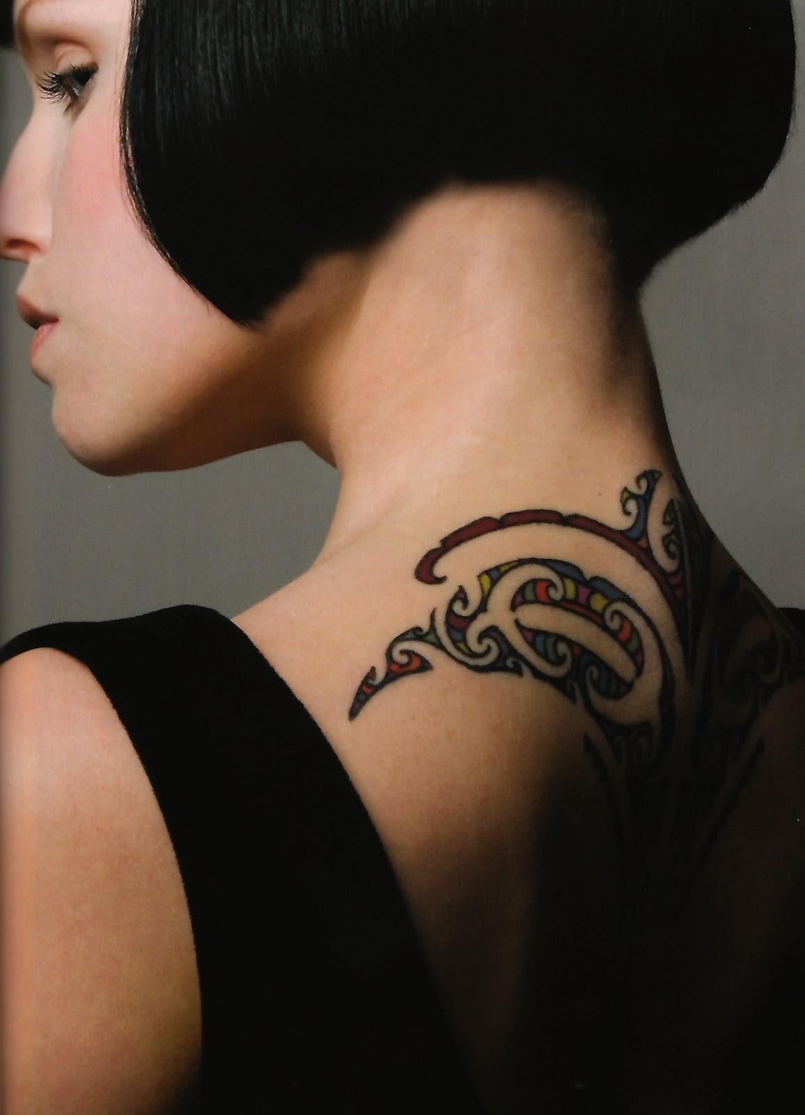 Временная татуировка на шее фото
