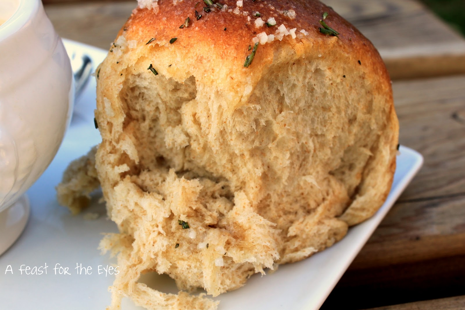 Feast for the Eyes: Pioneer Woman's Buttered Rosemary Rolls