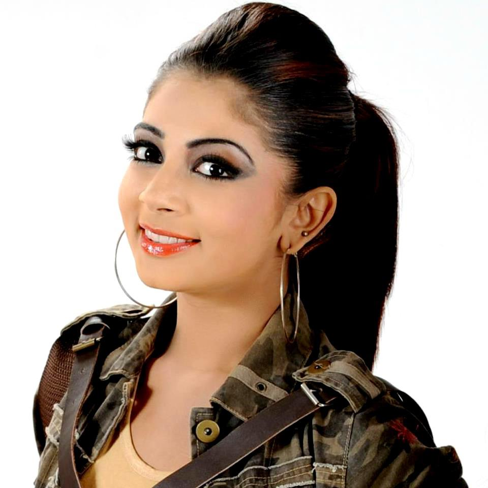 SL Hot Actress Pics: Udari Kaushalliya new